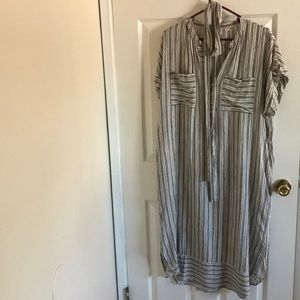 Linen Striped dress with pocket s